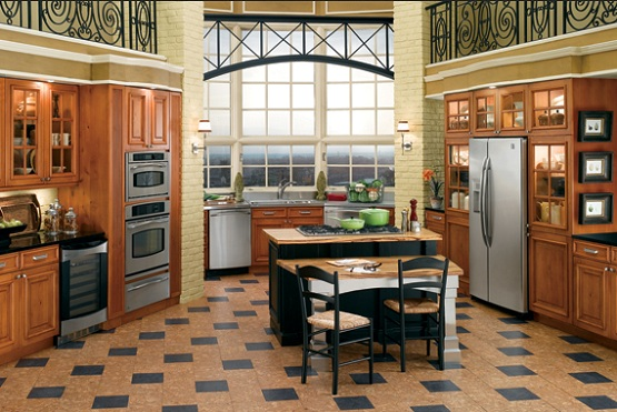 Elegant vinyl flooring for kitchen