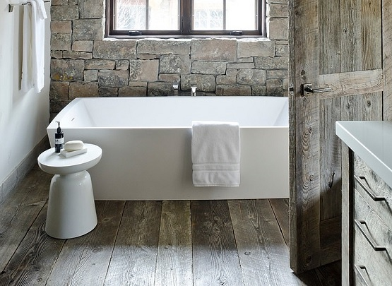 Bathroom With Rustic Hardwood Flooring