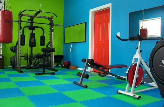 Colorful puzzle rubber interlocking floor for home gym