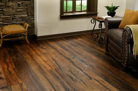 Plain reclaimed oak flooring