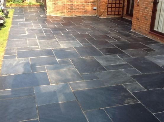Types of floor tiles match the type of floor tiles for Terrace tiles