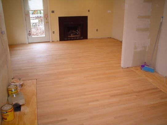 Unfinished red oak flooring instalation