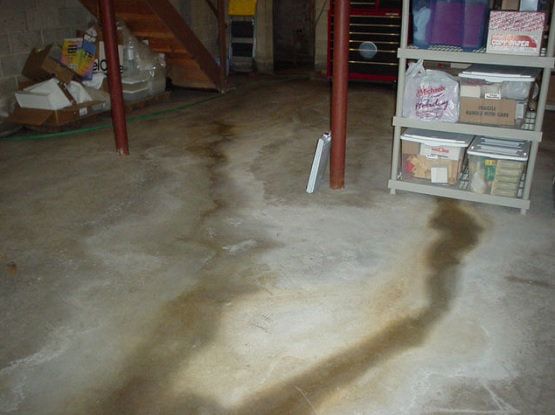 Basement floor crack repair