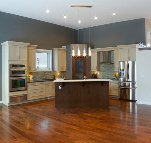 Laminate floor in L shape kitchen