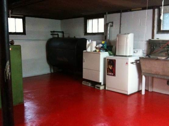 Red epoxy paint waterproof basement flooring
