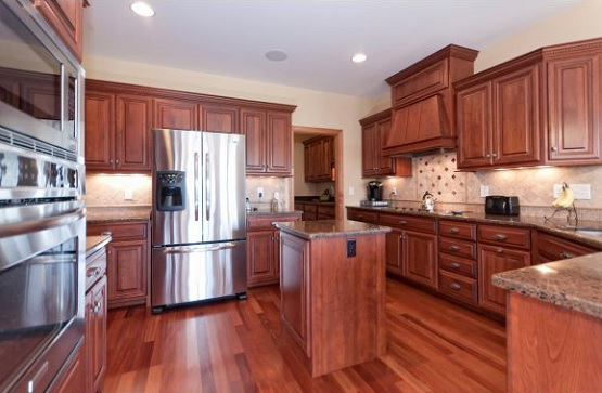 Solid cherry laminate floor in kitchen