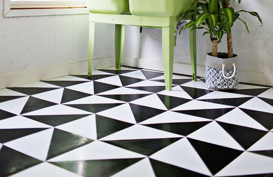 Elegant Nuance With Black And White Linoleum Flooring