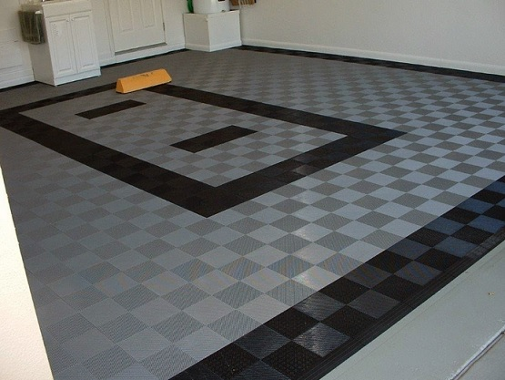 black and grey interlock rubber garage floor tiles