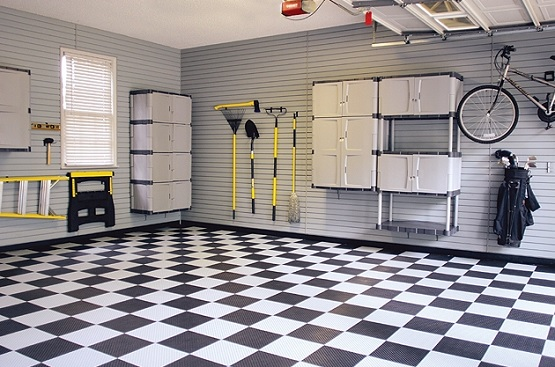 Checkerboard pattern peel & stick vinyl flooring for garage
