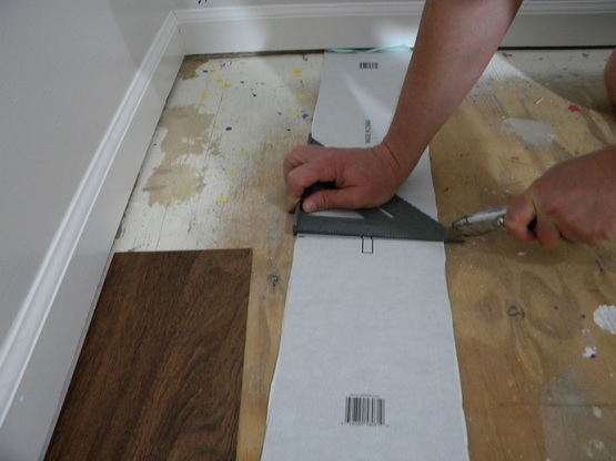 DIY waterproof vinyl plank flooring