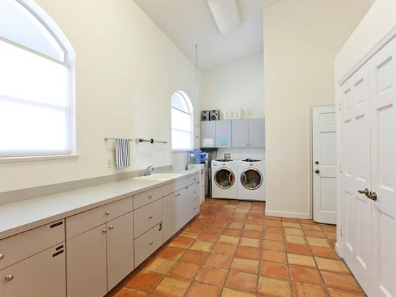 Southwestern-style laundry room tile design
