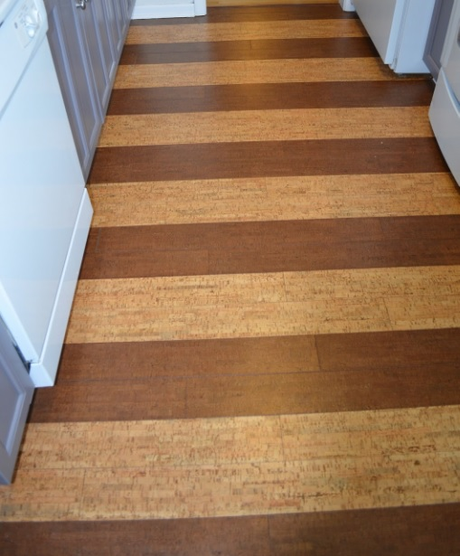 Wood plank vinyl flooring for kitchen