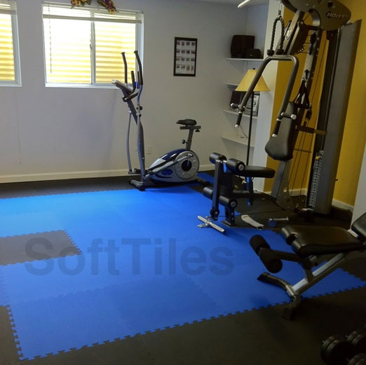 Interlocking foam mats for exercise room flooring