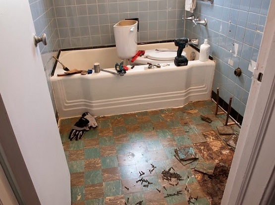 How To Retile A Bathroom Floor. Peel Out Tile Before Retile Bathroom Floor