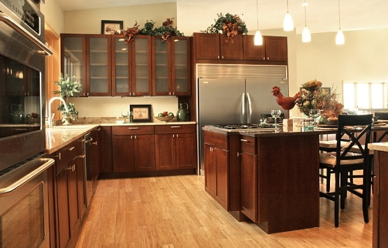 Matching kitchen decoration with hand scraped bamboo flooring