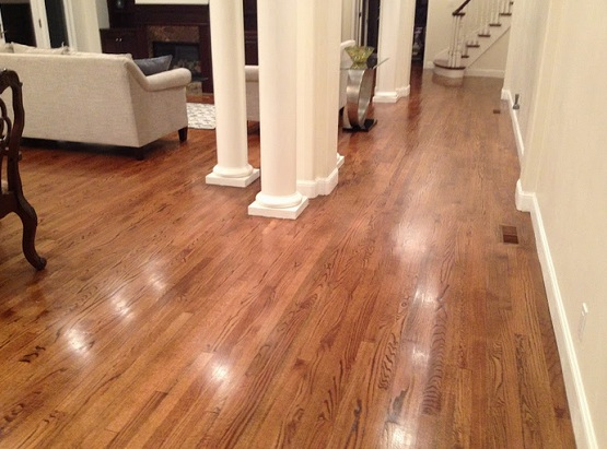 Red oak hardwood flooring for living room