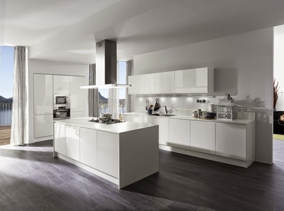 Dark Laminate Flooring In Kitchen With White Gloss Kitchen Cabinet