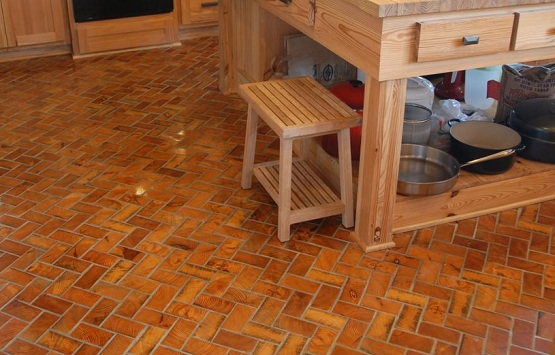 Wood block flooring with perfect old European style