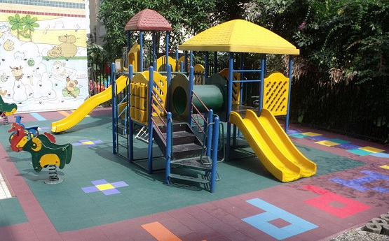 Colorful rubber playground mats