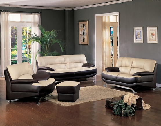 Dark Brown Laminate Flooring In Living Room With Gray Wall Paint