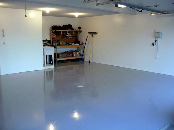 Garage floor sealant with sealant paint