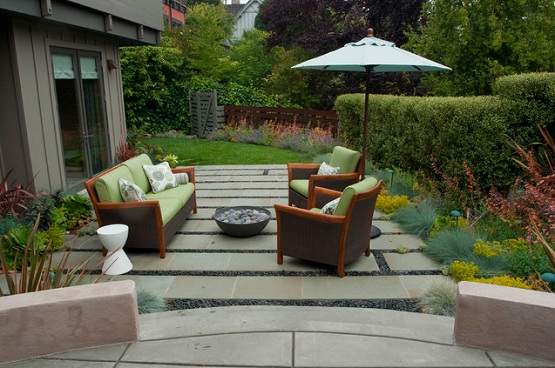 Garden flooring ideas for contemporary outdoor lounge