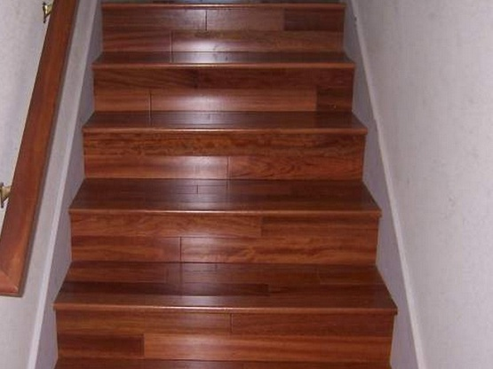 Laminate Flooring For Stairs With Wooden Handrails