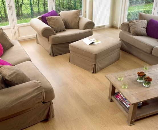 Uniclic laminate flooring in living room