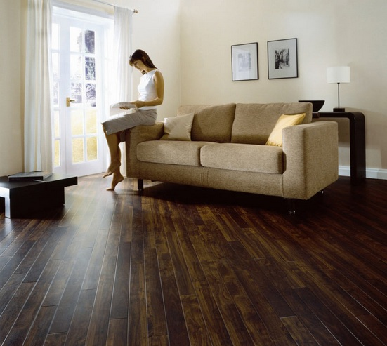 Wood flooring diagonal pattern installation in living room