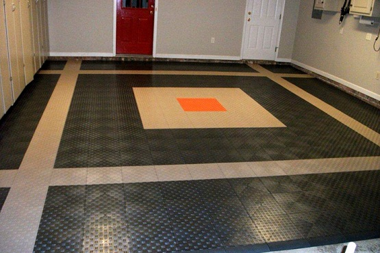Snap together garage flooring with custom border