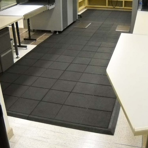 Soft flooring options for kitchen with interlocking rubber floor tiles