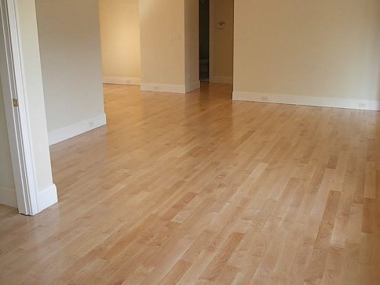 Synthetic wood flooring for different look of your homes