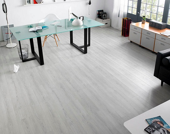White Oak Laminate Flooring For Home Office With Glass Table Tops