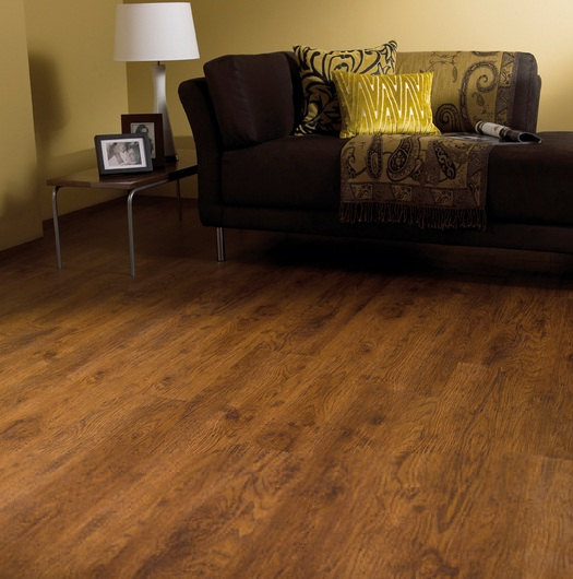 Antique oak laminate flooring for living room