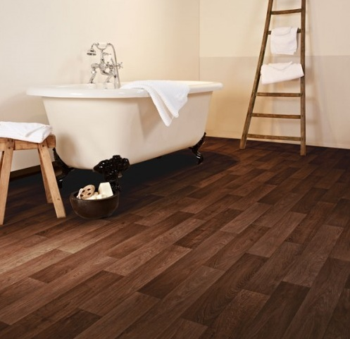Cushioned vinyl flooring with dark wood effect for bathroom