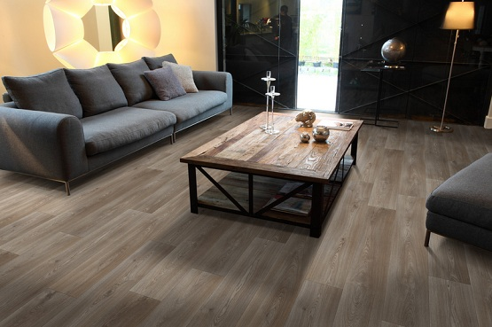 cushioned vinyl flooring with real wood effect
