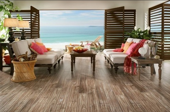 Waterproof laminate wood flooring in beach house