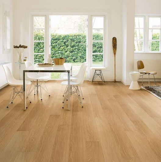 Waterproof laminate wood flooring with natural vernished